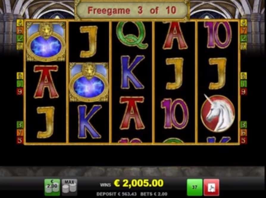 Función de bonus muy popular que ofrece spins gratis y Juegos especiales en Magic Mirror